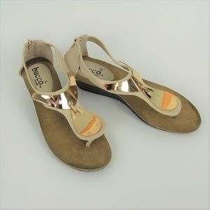 Bucco Cream Sandal with Gold Plate 7